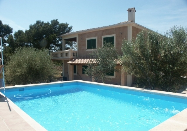 La Reina - nice countryhouse with pool